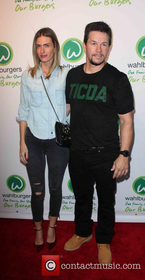 Rhea Durham and Mark Wahlberg 2
