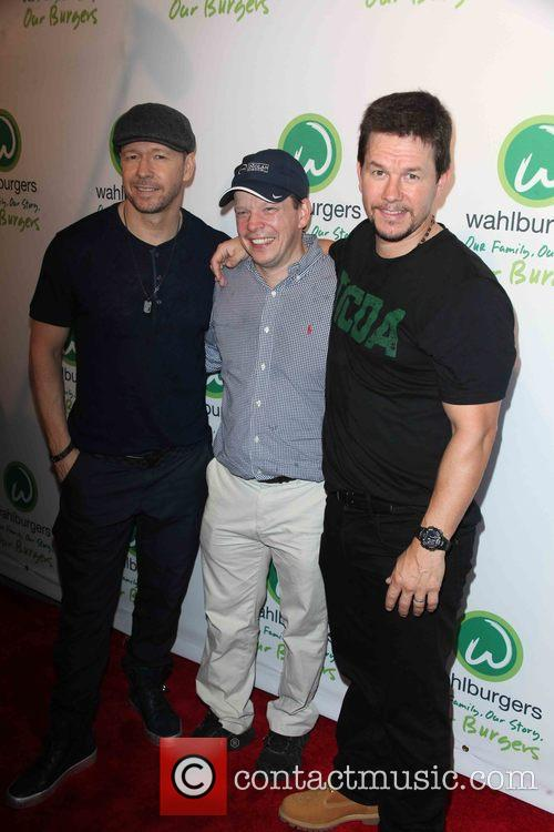 Donnie Wahlberg, Paul Wahlberg and Mark Wahlberg 4