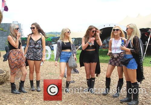 Alexandra Kirwin, Eloise Jones, Charlotte Crick, Sarah Furness, Laura Carruthers and Hannah Davies 5