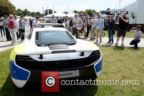 Sussex Police Borrowed A Mclaren 650s For Their Display 3