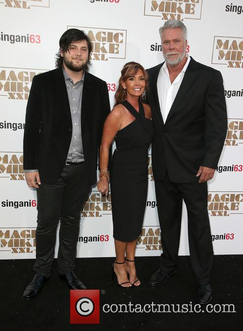 Kevin Nash, Tamara Nash and Guest 7