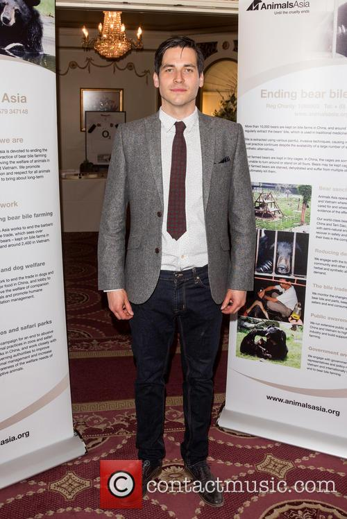 Rob James-collier 6