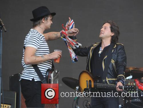 Pete Doherty and Carl Barat 3