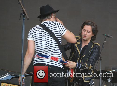 Pete Doherty and Carl Barat 1