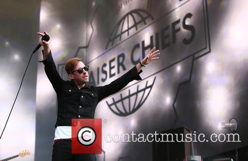 Kaiser Chiefs and Ricky Wilson 7