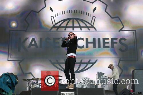 Kaiser Chiefs and Ricky Wilson 10