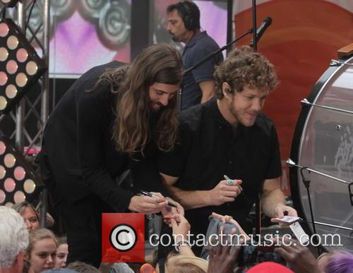 Imagine Dragons, Dan Reynolds and Wayne Sermon 11