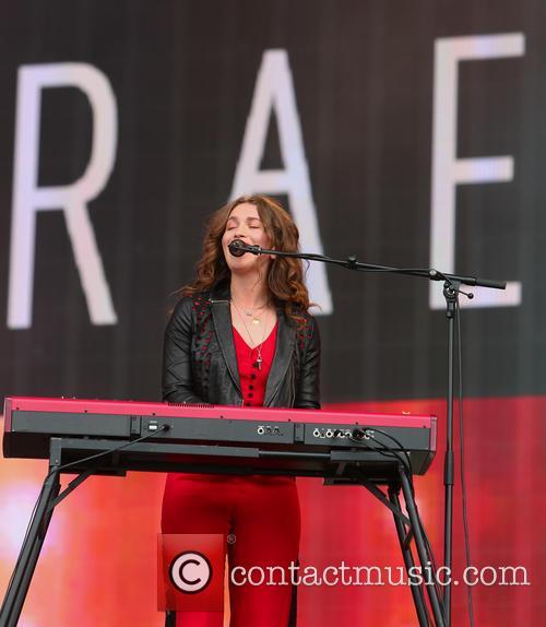 Rae Morris 6
