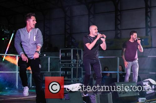 Five, Sean Conlon, Ritchie Neville and Scott Robinson 7