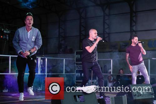 Five, Sean Conlon, Ritchie Neville and Scott Robinson 8