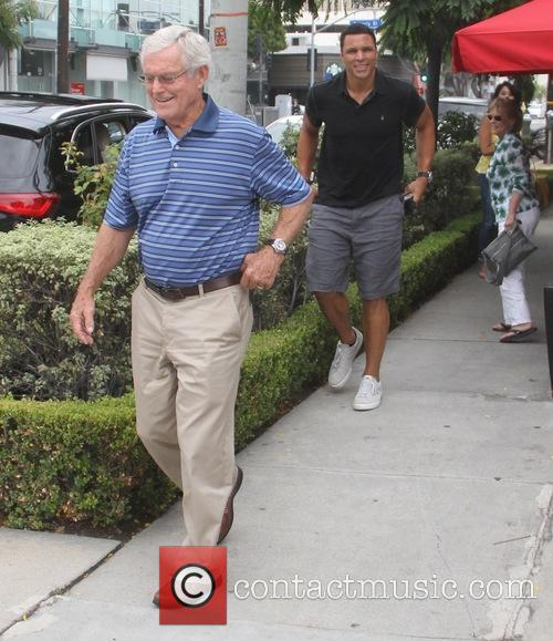 Tony Gonzalez and Dick Vermeil 3