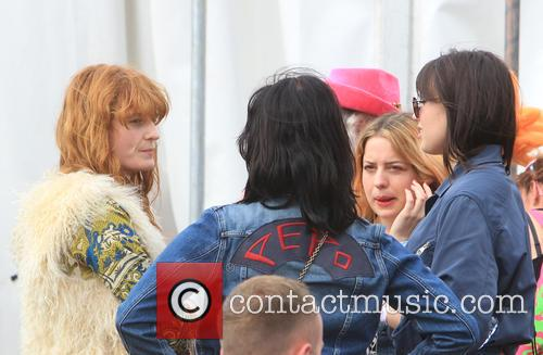 Florence Welsh, Pixie Geldof and Daisy Lowe 6