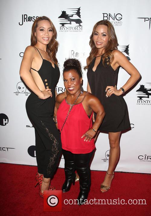 Tonya Banks, Totem Jessica and Tonya Jessica 5