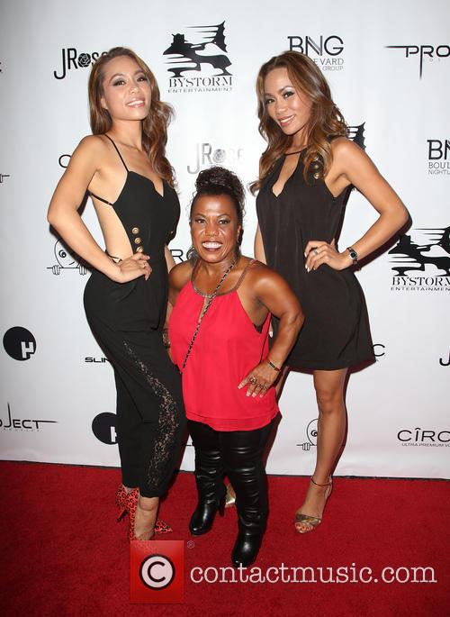Tonya Banks, Totem Jessica and Tonya Jessica 8