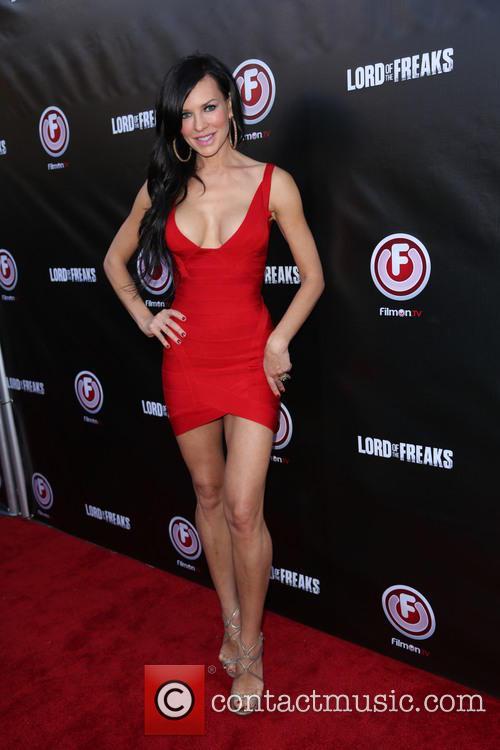 Natasha Alam 3