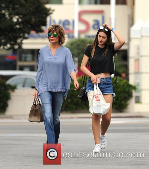 Lisa Rinna and Amelia Hamlin 4