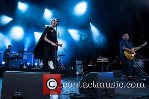 The Cardigans, Lars-olof Johansson, Nina Persson and Magnus Sveningsson 7