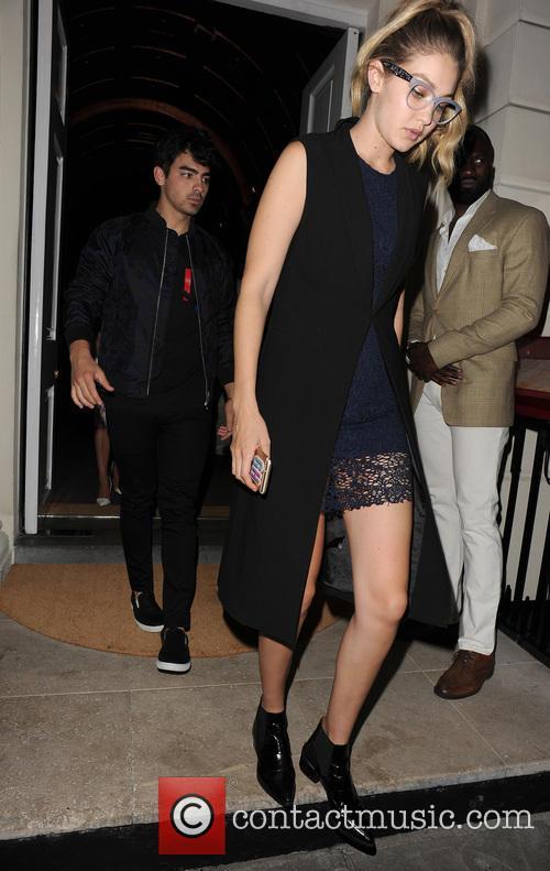 Joe Jonas and Gigi Hadid 11