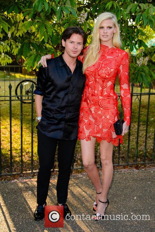 Lara Stone and Christopher Kane 5