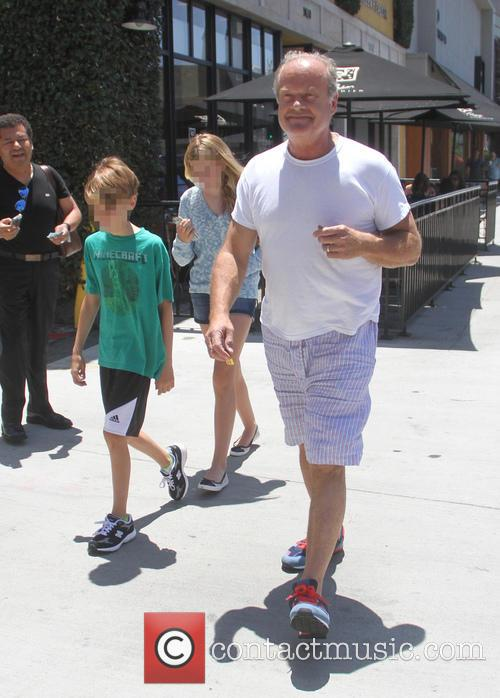 Kelsey Grammer takes his kids Mason and Jude...