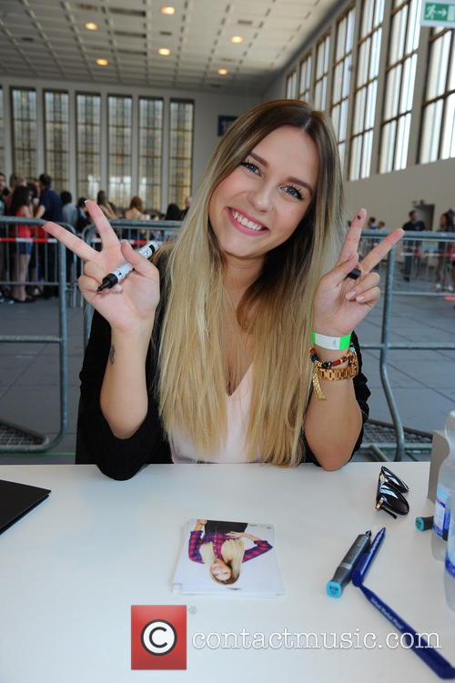 Dagmara Nicole and Dagi Bee 6
