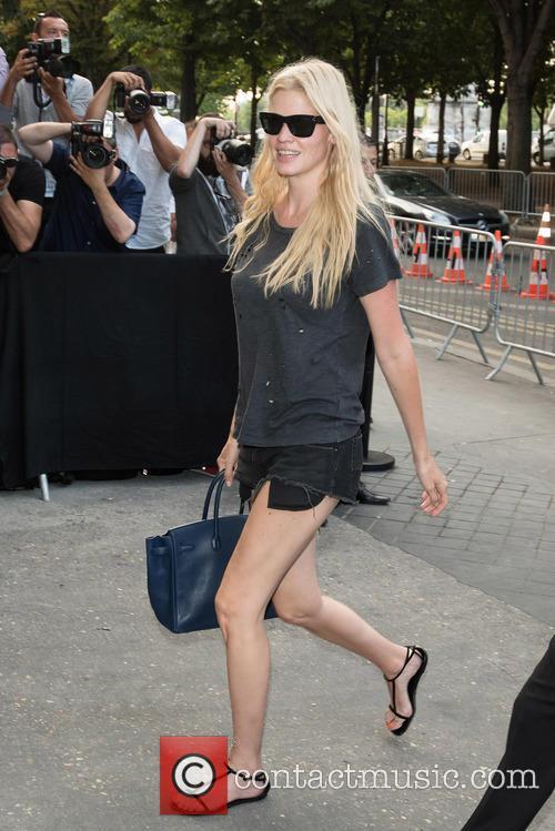 Lara Stone 1
