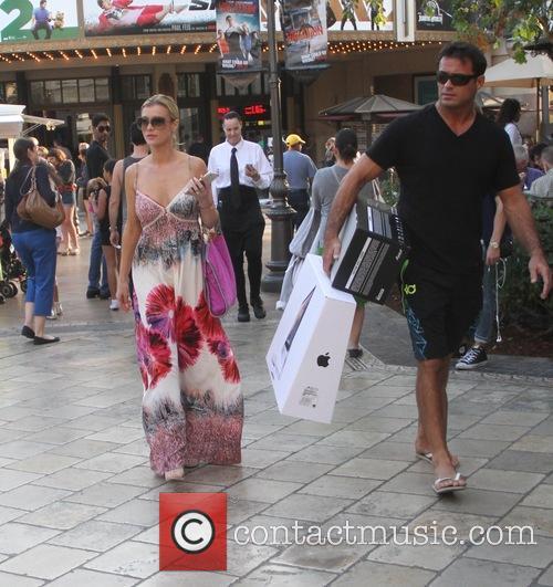 Joanna Krupa and Romain Zago 3