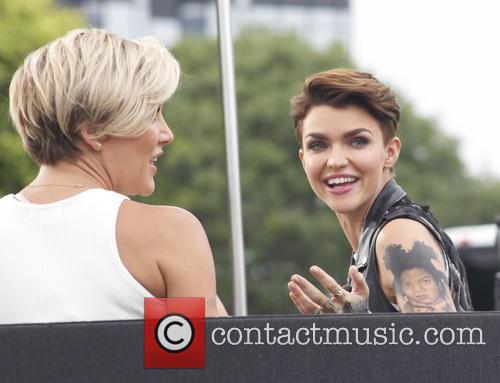 Ruby Rose appears on 'Extra'