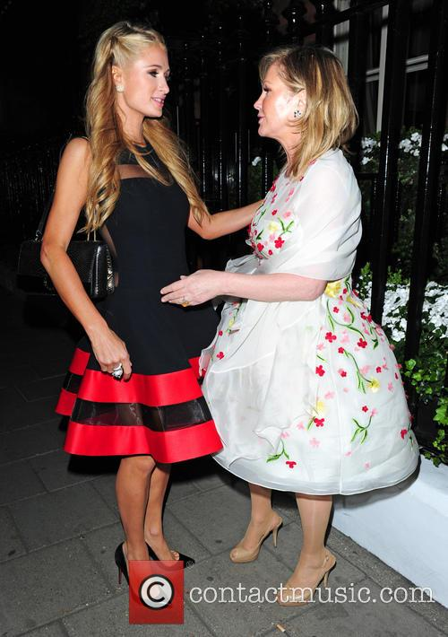 Kathy Hilton and Paris Hilton 3
