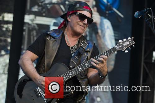 Journey and Neal Schnon 5