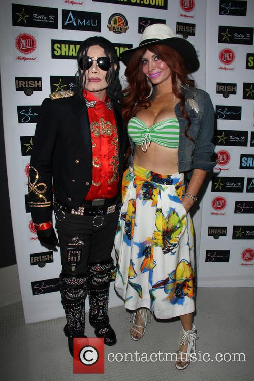 Phoebe Price and Michael Jackson Impersonator 2