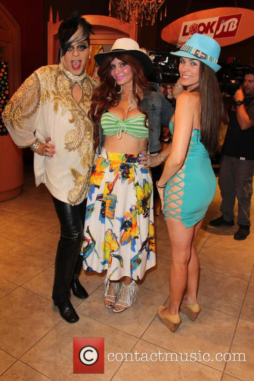 Sham Ibrahim, Phoebe Price and Alicia Arden 7