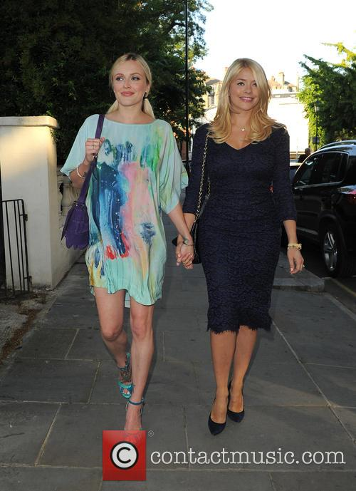 Fearne Cotton and Holly Willoughby 3