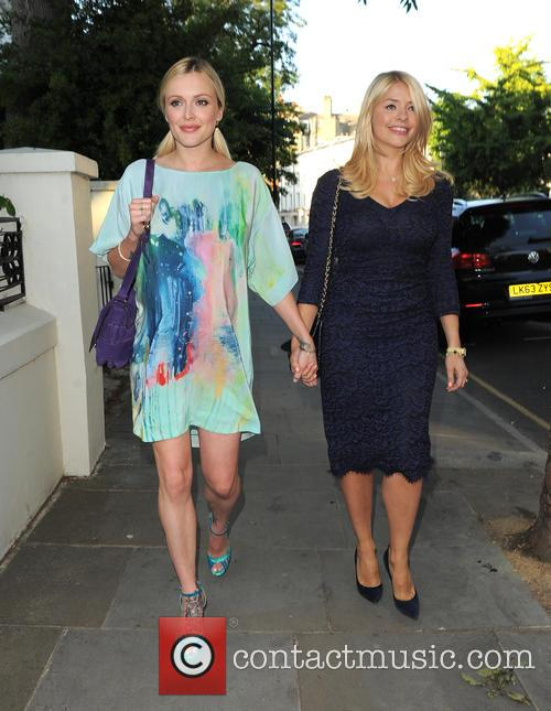 Fearne Cotton and Holly Willoughby 4