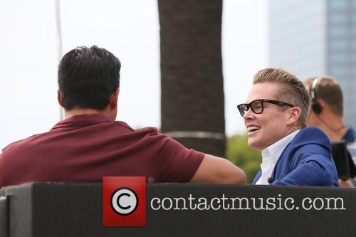Mark Mcgrath and Mario Lopez 7