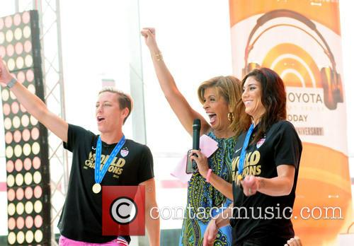 Hoda Kotb, Abby Wambach and Hope Solo 4