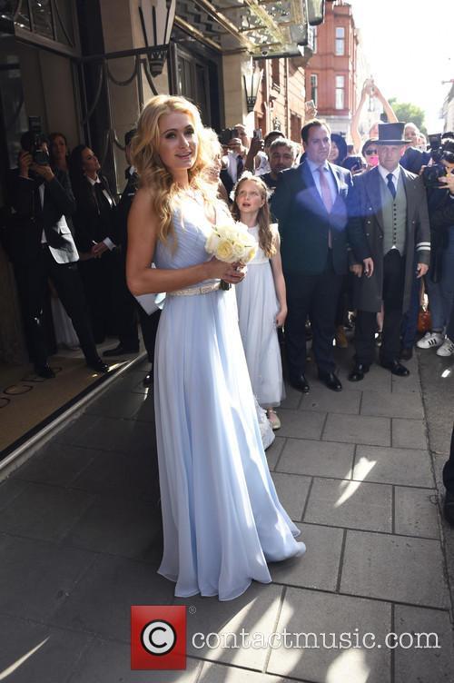 Paris Hilton leaving hotel with nicky Hilton