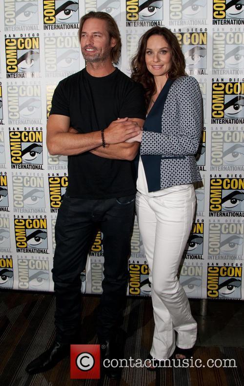 Josh Holloway and Sarah Wayne Callies 3