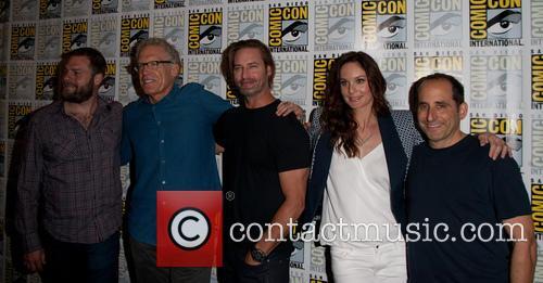 Josh Holloway, Sarah Wayne Callies and Peter Jacobson 4