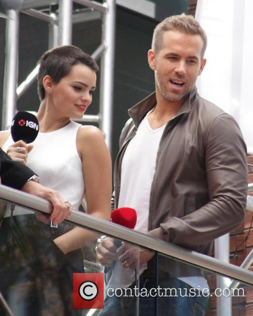 Ryan Reynolds and Morena Baccarin 5