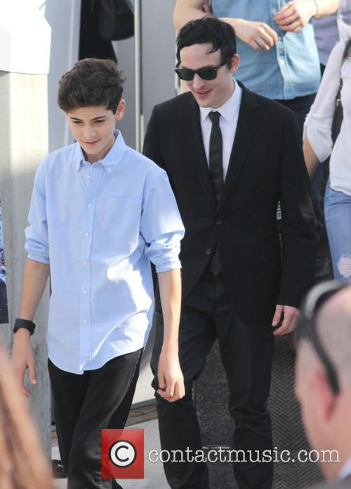 Robin Lord Taylor and David Mazouz