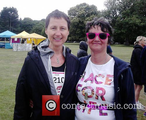 Carol McGiffin takes part in Race For Life...