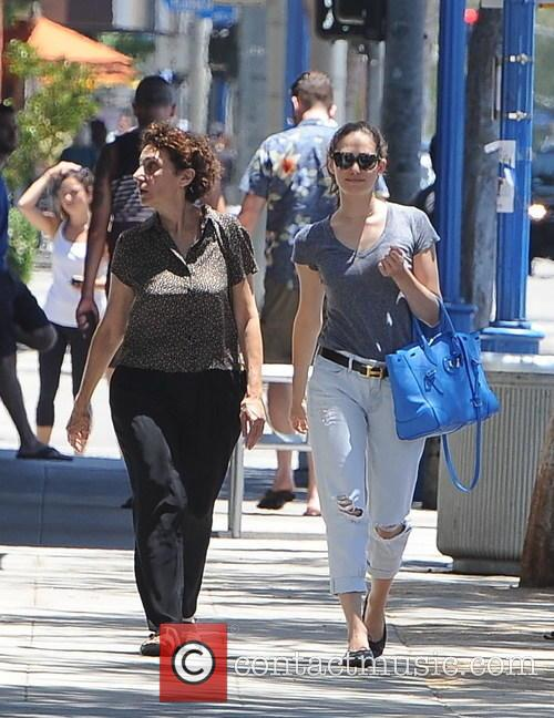 Emmy Rossum and Cheryl Rossum 3