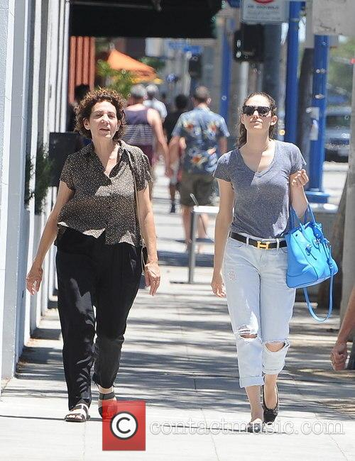 Emmy Rossum and Cheryl Rossum 6