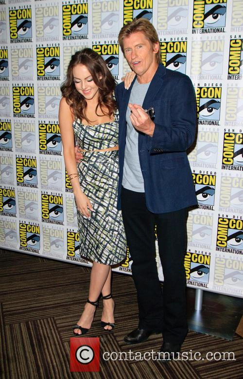 Elizabeth Gillies and Denis Leary 5