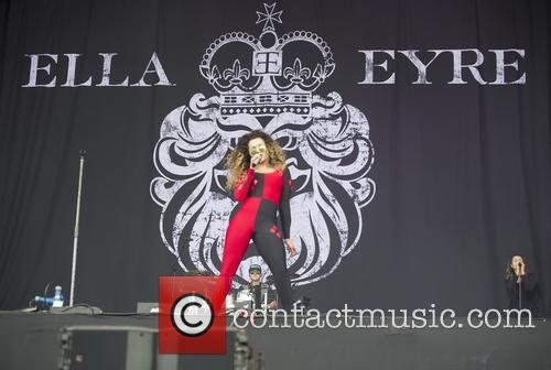 Ella Eyre 9