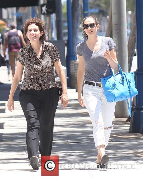 Emmy Rossum and Cheryl Rossum 1