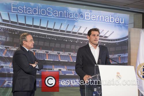 Iker Casillas and Florentino Perez 5