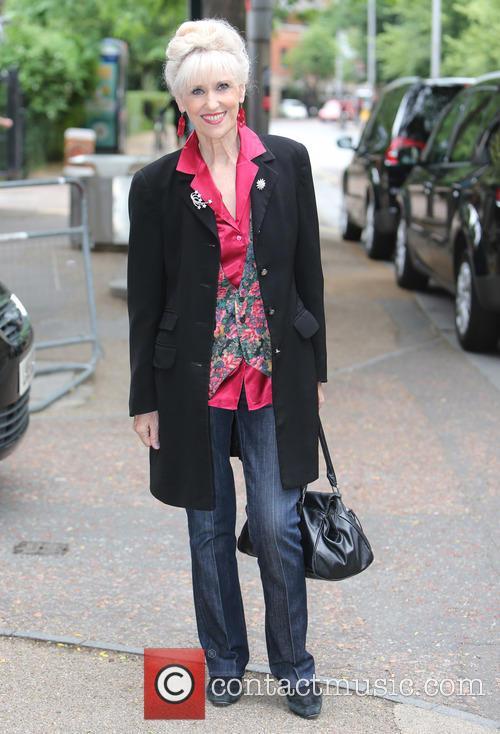 Anita Dobson 5