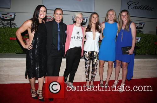 Becky Sauerbrunn, Kelley O'hara, Megan Rapinoe, Ali Krieger, Ashlyn Harris, Alyssa Naher and Abby Wambach 4